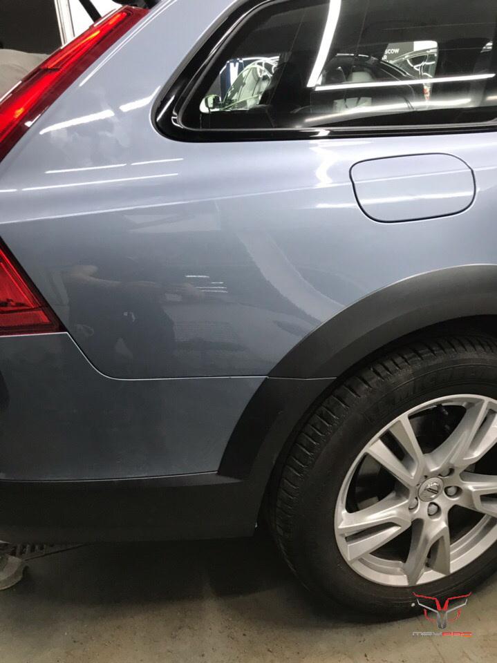 Заднее крыло Volvo V90